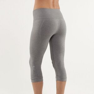 Lululemon In the Flow Cropped Leggings Size 8